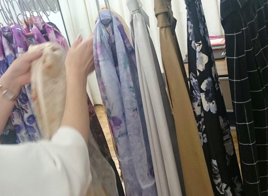 東武船橋店にてパーソナルカラー診断 似合うスカーフ