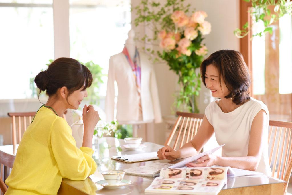 顔タイプ診断、パーソナルカラー診断、骨格診断、メイクレッスンができるサロン東京KIRARI
